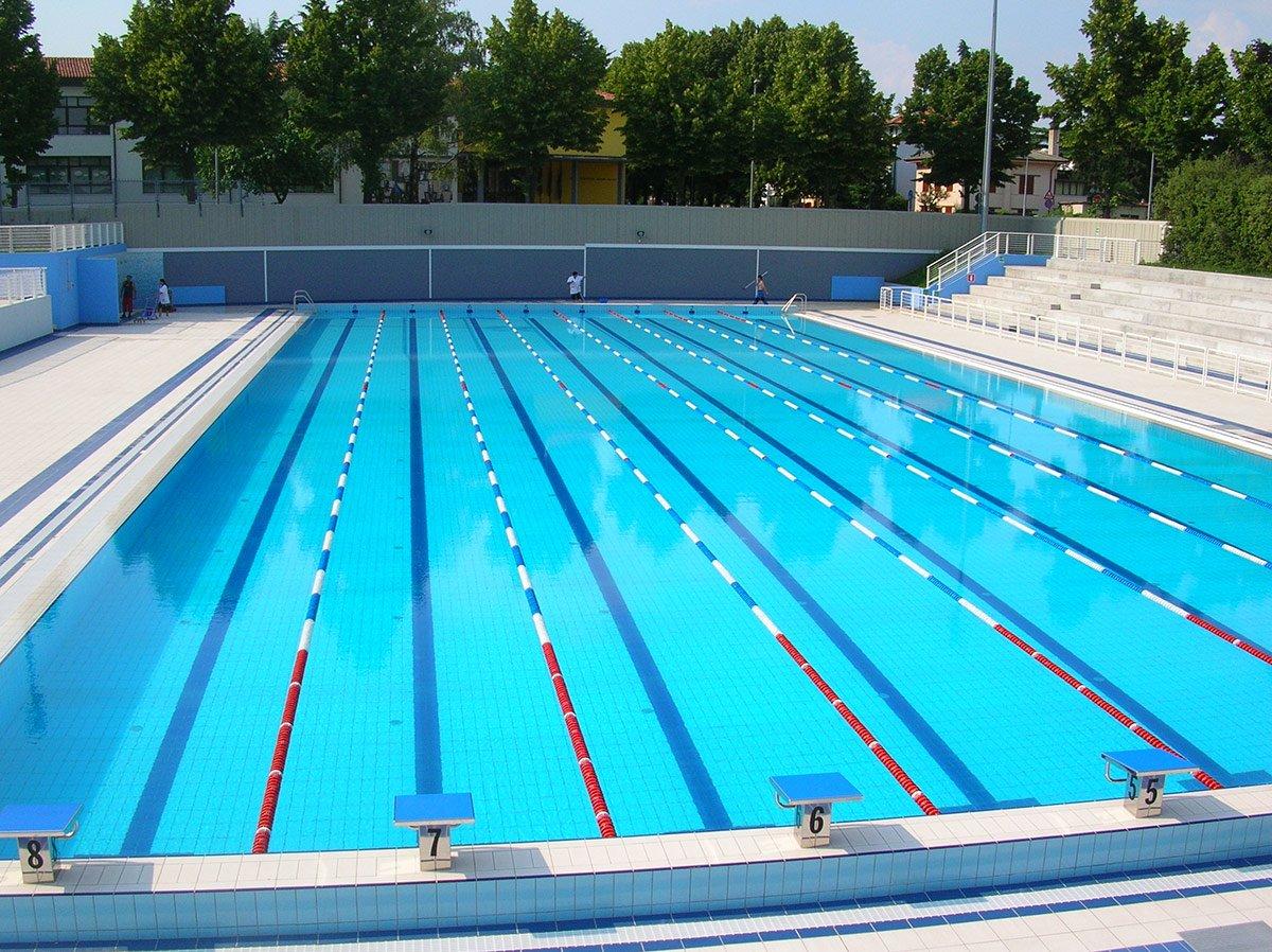 Piscina olimpionica gomiero service s r l - Trattamento acqua piscina ...